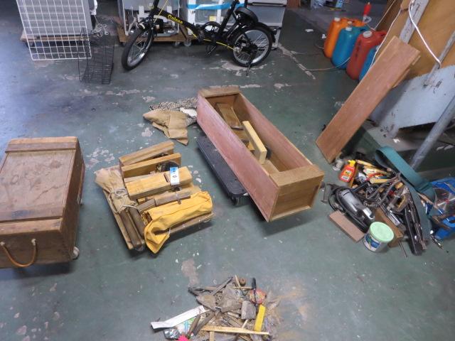 今日は、倉庫内の片付けです。
